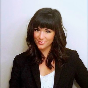 Amanda Bogle - bio headshot